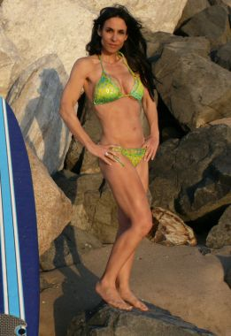 loredana_bikini-8302-400-380-80.jpg